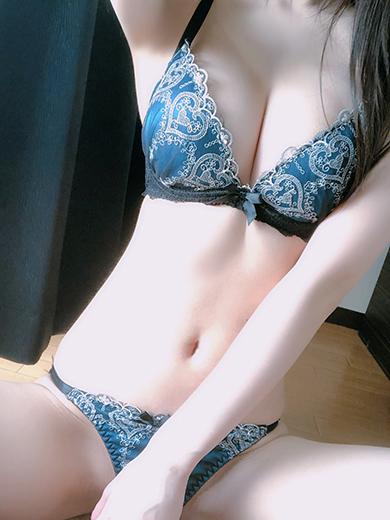 新山 奏美(ニイヤマ カナミ)